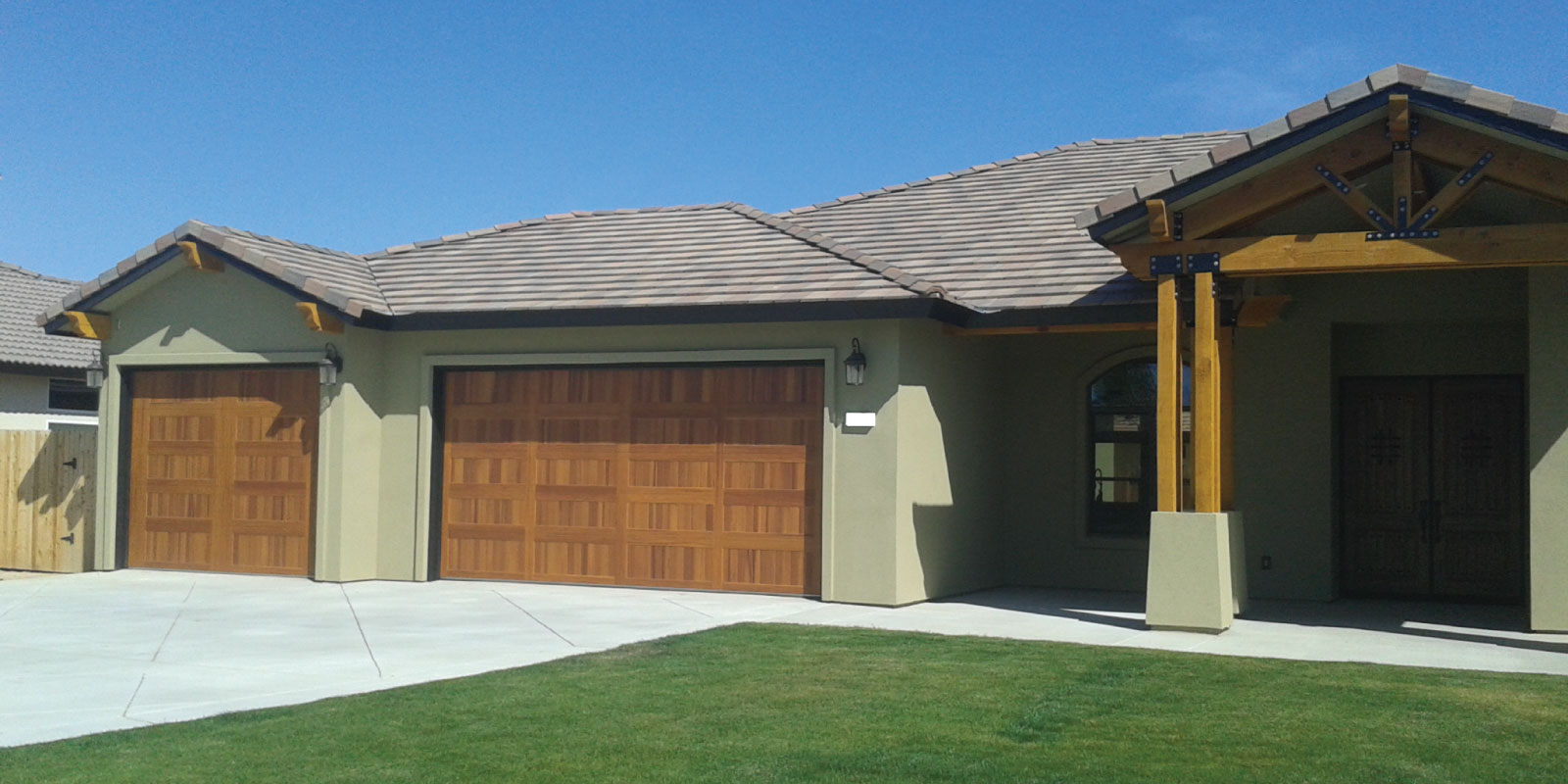 Garage Door Repair in Kern County | Haro Garage Doors Inc.